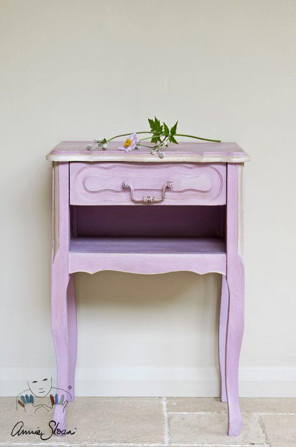 Möbelstück mit Annie Sloan Henrietta Kreidefarbe hergestellt