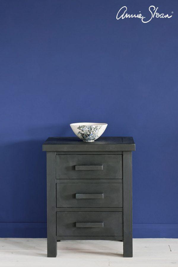 Annie Sloan Graphite Kreidefarbe Möbelstück