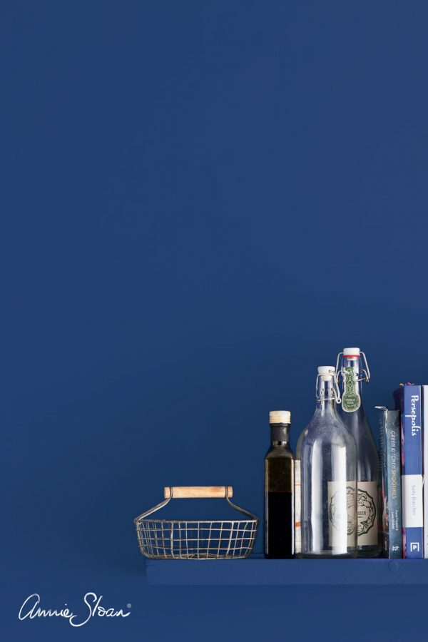 napoleonic blue annie sloan wallpaint